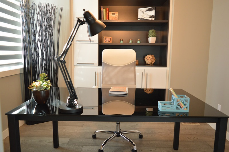 Decorate Your Home Office So You Can Work All Day
