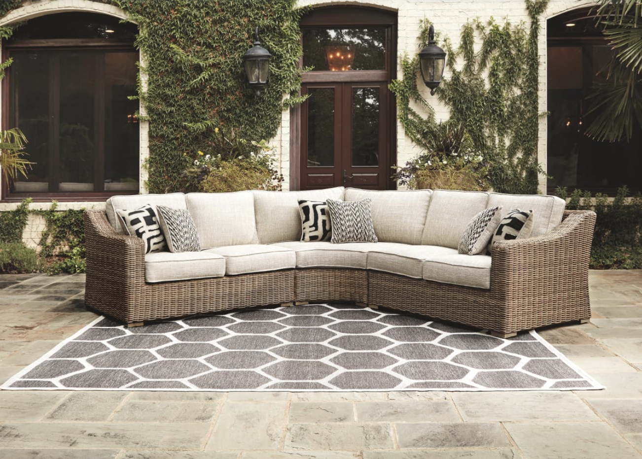 Beachcroft - beige - Sectional Lounger from Ashley