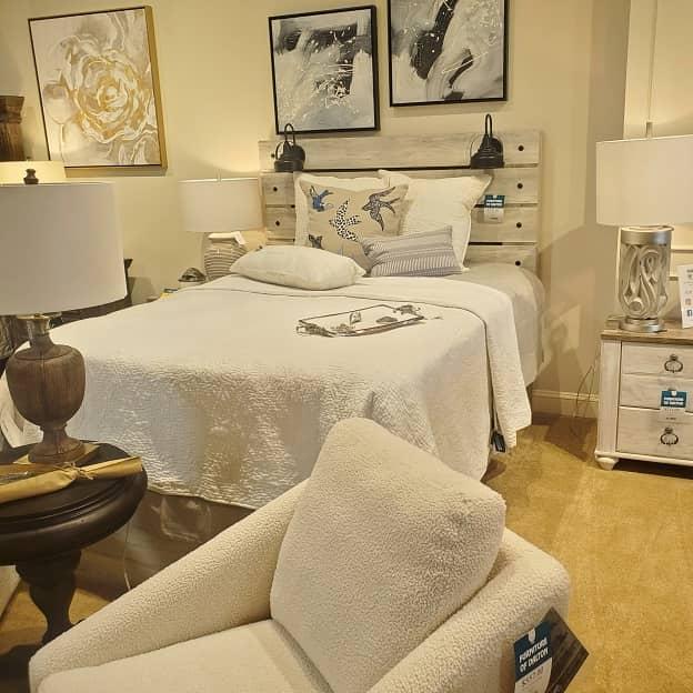 Bedroom Set - Bedroom Furniture - Furniture of Dalton - In Stock Furniture